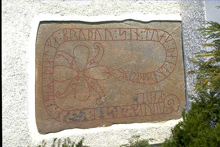 Image of a rune stone